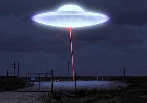 Тревожная связь между НЛО и ядерным оружием