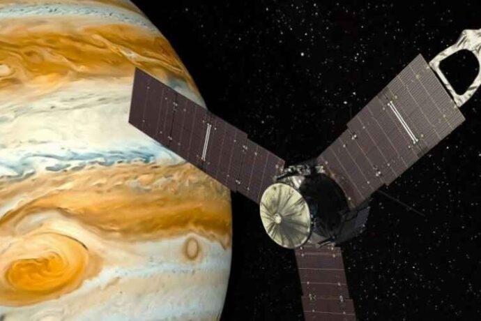 Яркие вспышки света замечены на Юпитере космическим кораблем Juno